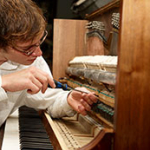Регулировка пианино