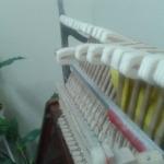 Сбитые молотки пианино